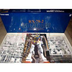 Gundam Rx-78-2    Perfect Grade Bandai Scatola Di Montaggio