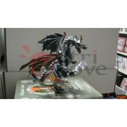 Drago: Dragons Grey Armor 29843    Plastoy Action Figure