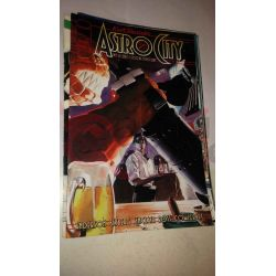 Kurt Busiek's Astro City 4    Homage Comics Varie (inglese)
