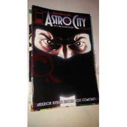 Kurt Busiek's Astro City 5    Homage Comics Varie (inglese)