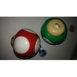 Super Mario Bros - Fungo 1UP Portachiavi con lampadina - Rosso      Portachiavi