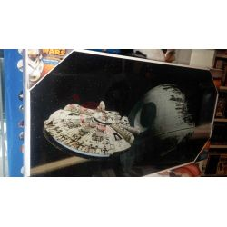 Glass Poster vetro Millenium Falcon Vs Death Star    Star Wars  Parete